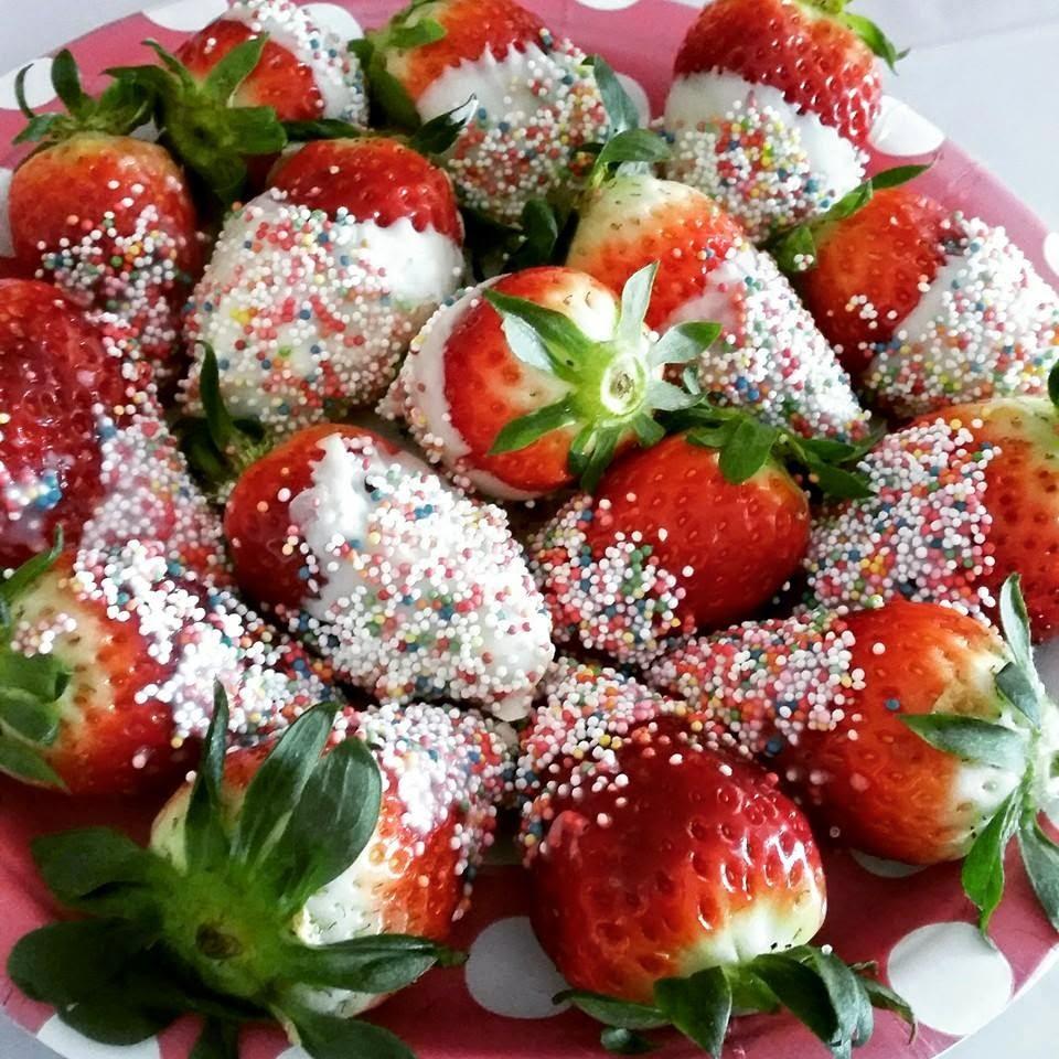 leckere Erdbeeren mit Streußel
