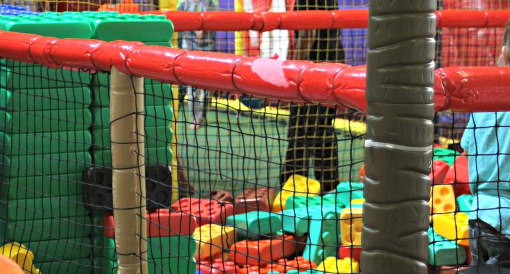Metterschlingundmaulwurfn_hameln_indoorspielplatz_Kinder_Spielplatz (28)