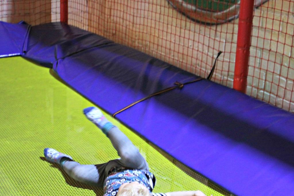 Metterschlingundmaulwurfn_hameln_indoorspielplatz_Kinder_Spielplatz (33)