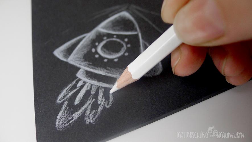 metterschlingundmaulwurfn_familienblog_bystoffregen_malkurs_idee_zeichnen_anleitung_malvorlage_weltall_rakete_mond_astronaut_stabilo_15
