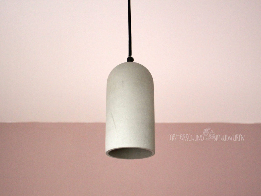 famlights by click beton lampe. Black Bedroom Furniture Sets. Home Design Ideas