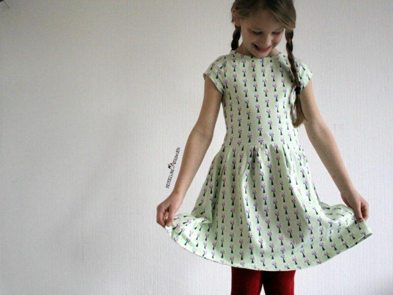 Retro Schick bei Kinderklamotten / Hoffnungslos verliebt / Lily Balou + Gewinnspiel