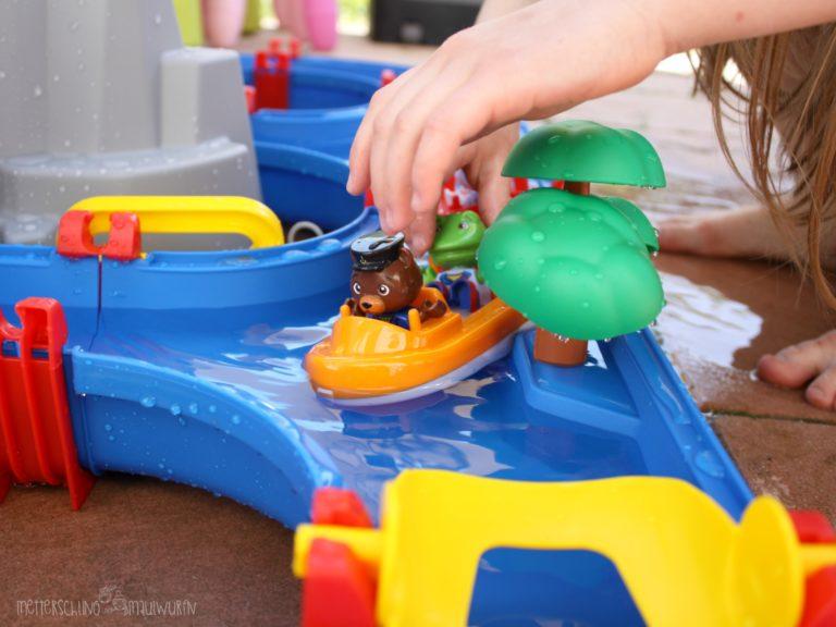 Wasserspaß Aquaplay Mountain Lake / Spielzeugtest