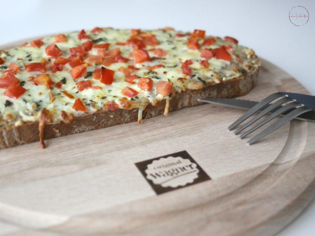 metterschlingundmaulwurfn_wagner_bäckerkruste_test_erfahrung_familien_blog_Mama_kinder_essen_fastfood_pizza (1)