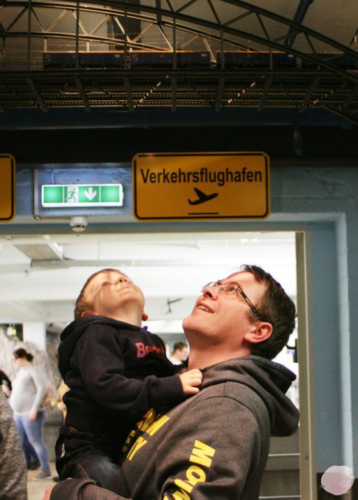 Metterschlingundmaulwurfn_familie_blog_kinder_reisen_ausflug_hamburg_miniaturwunderland_travelblogger_Deutschland (1)